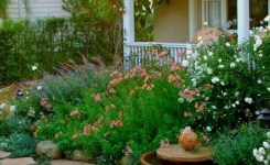 99 Small Front Yard Landscaping Ideas Low Maintenance 4