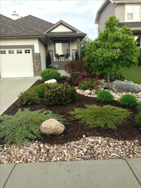 99 Small Front Yard Landscaping Ideas Low Maintenance 4356