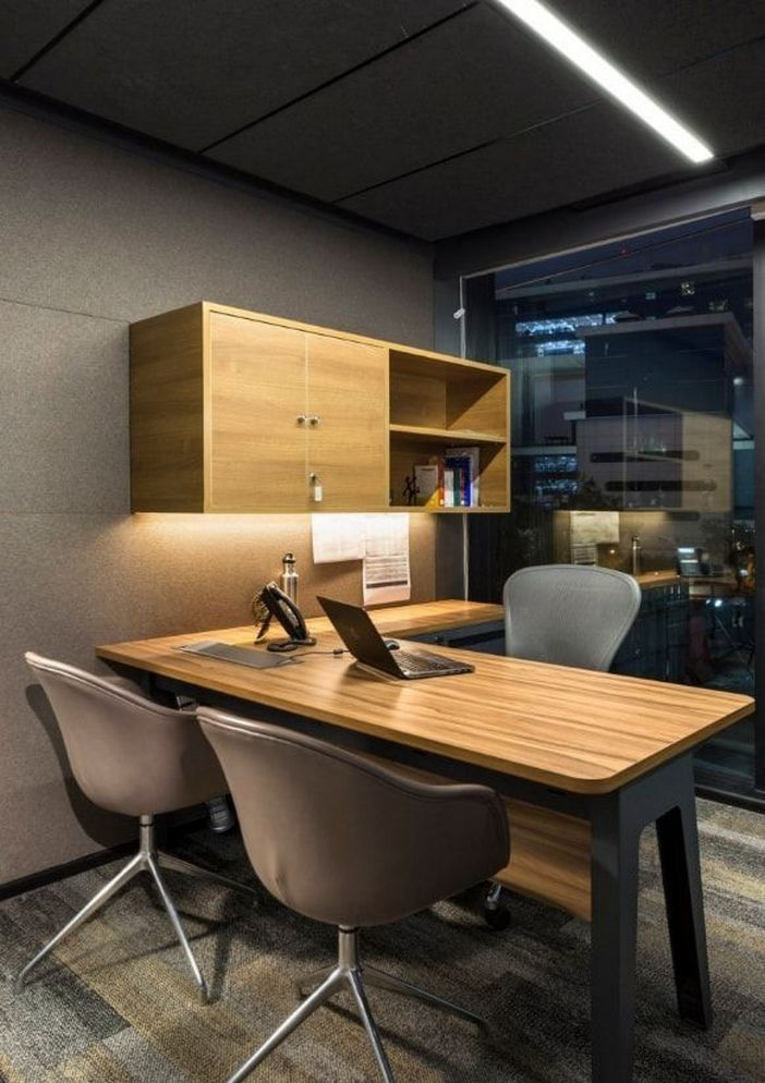 95 Modern Office Decorating Ideas With Inspiring Furniture To Add Style And Functionality To Your Workplace 12