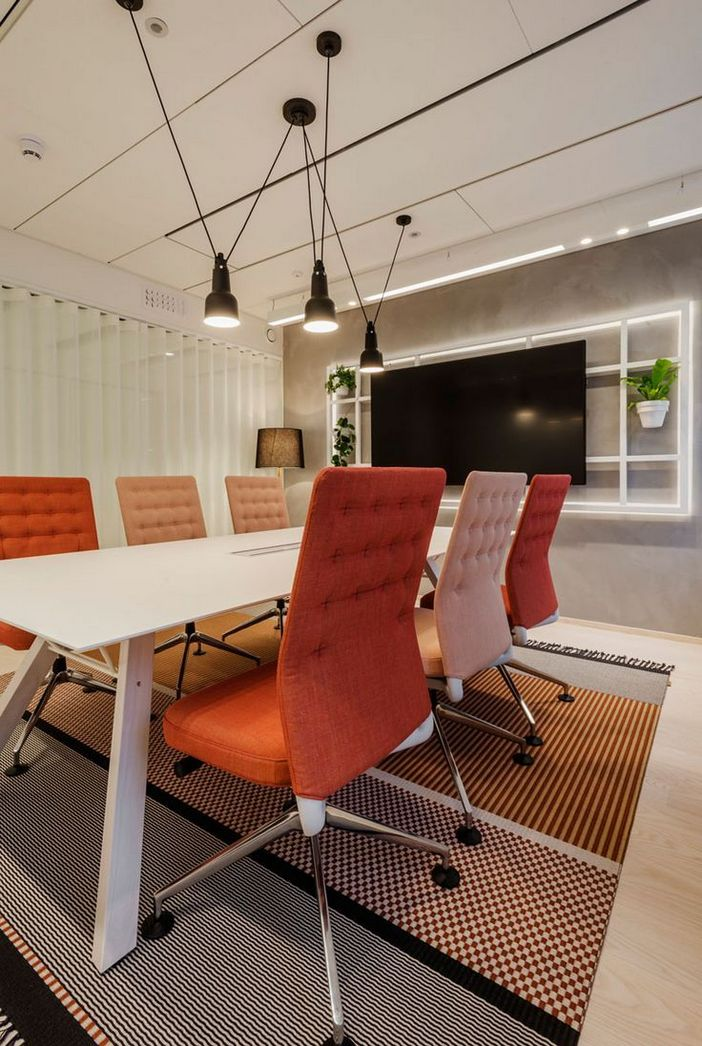 95 Modern Office Decorating Ideas With Inspiring Furniture To Add Style And Functionality To Your Workplace 23