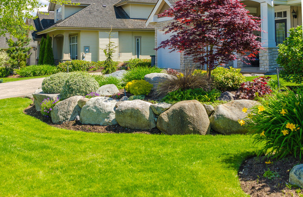 101 Front Yard Garden Ideas (Awesome PHOTOS) - Home ... on Front Yard Patio id=11393