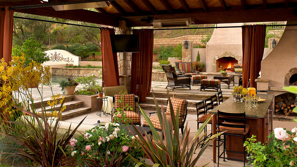 How to Make the Most of Your Outdoor Living Space - St ... on Garden Living Space id=16845