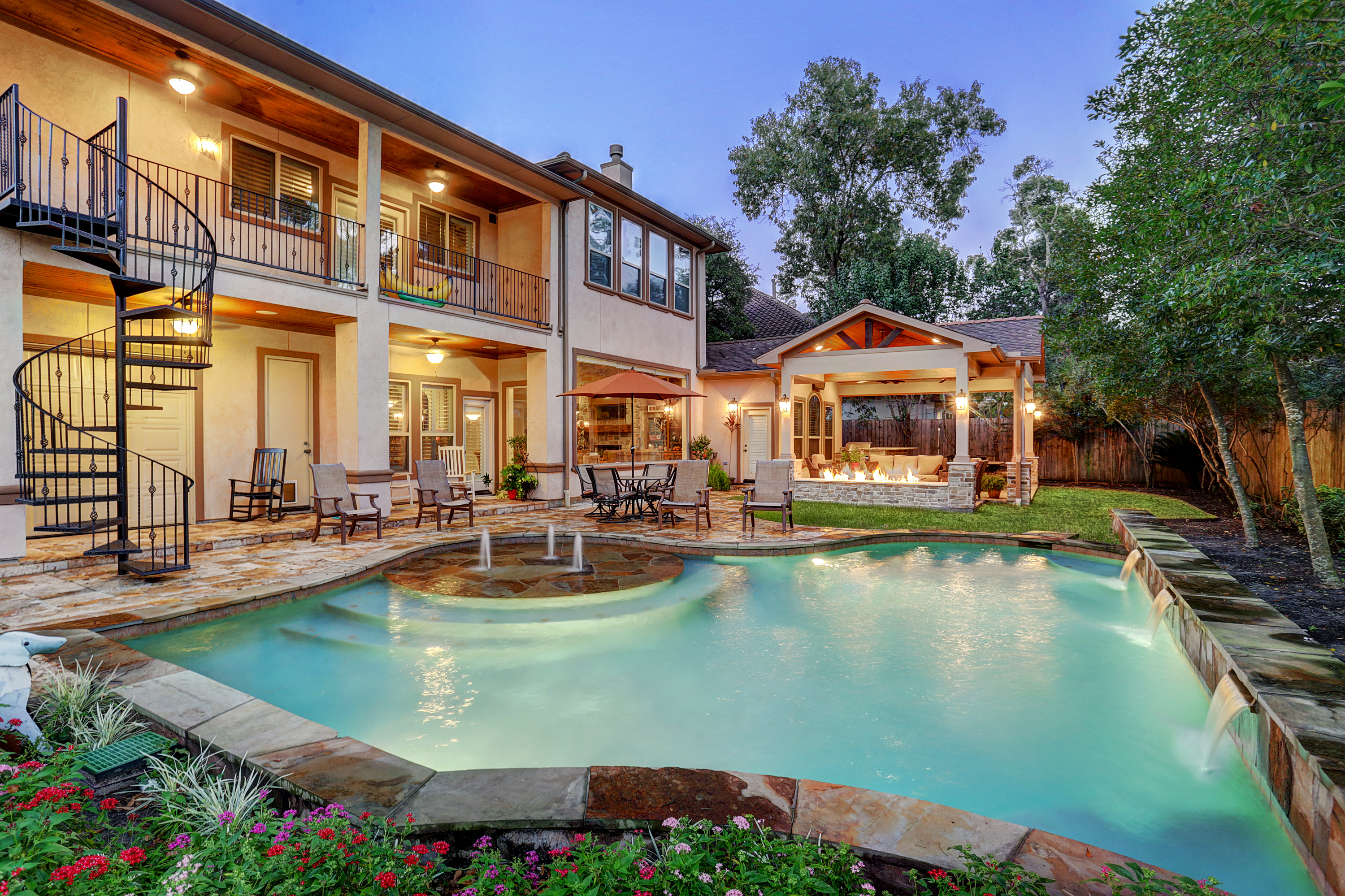 Memorial Area Outdoor Living Space - Texas Custom Patios on Covered Outdoor Living Area id=31370