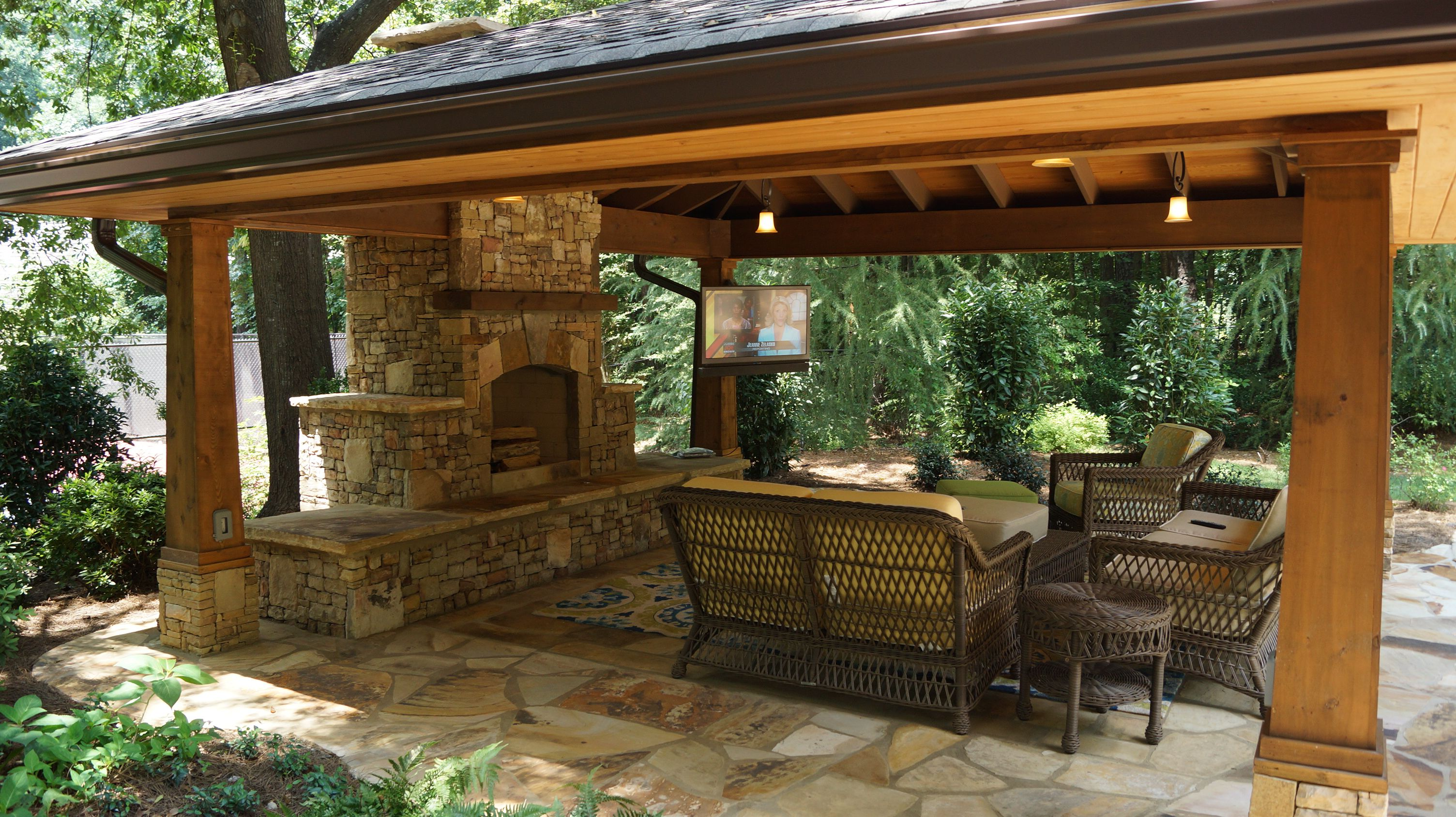 Outdoor Living Spaces with Water Feature and Greens ... on Garden Living Space id=66386