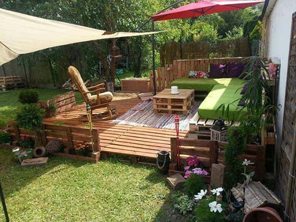 23 Small Backyard Ideas How to Make Them Look Spacious and ... on Small Backyard Renovations id=99932
