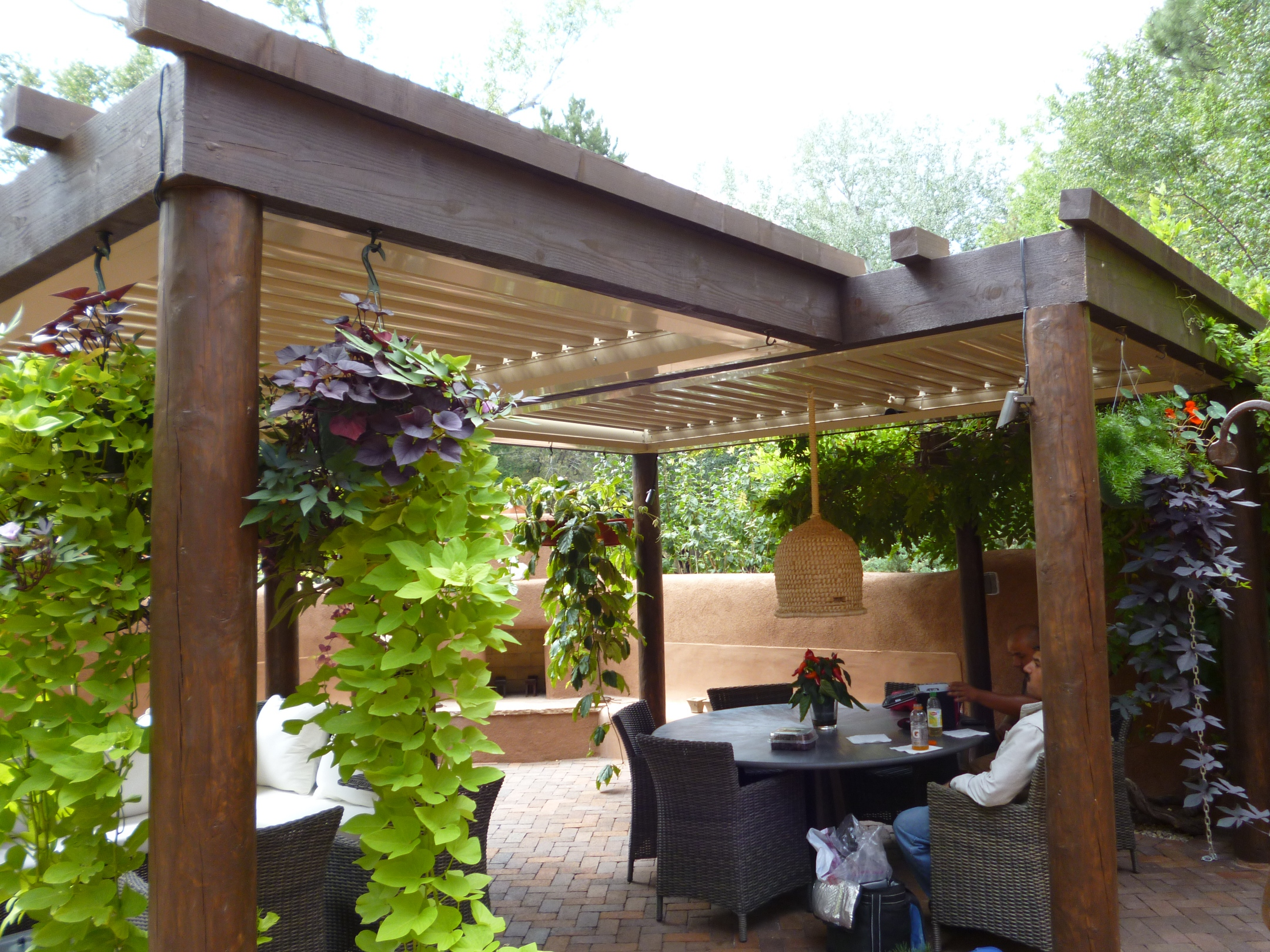 Natural Wooden Patio Covers - HomesFeed on Covered Patio Design Ideas id=66019