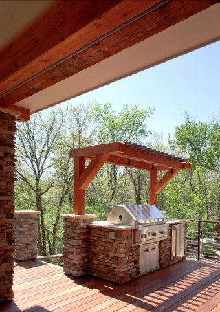 Gas vs. Charcoal - Outdoor Grilling | How to Build a House on Patio Grilling Area id=81726