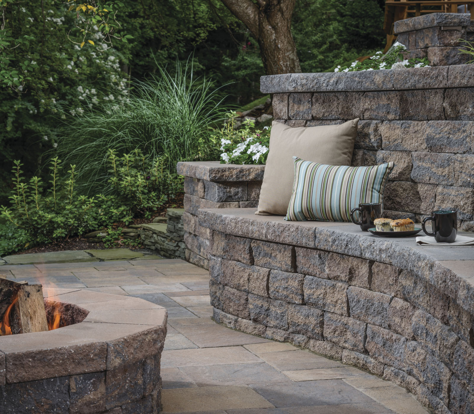 Seat Wall Design Ideas - Outdoor Living by Belgard on Patio Stone Wall Ideas id=41207