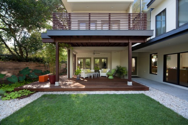20 Landscaping Deck Design Ideas for Small Backyards ... on Small Back Deck Decorating Ideas id=15782