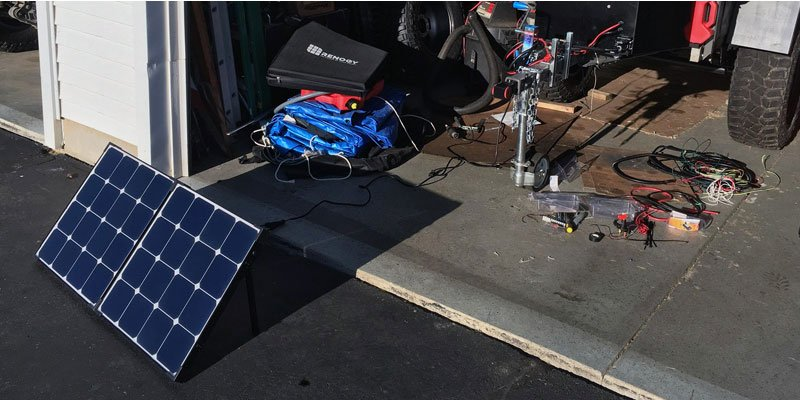 Renogy-Eclipse-Monocrystalline-Solar-Suitcase