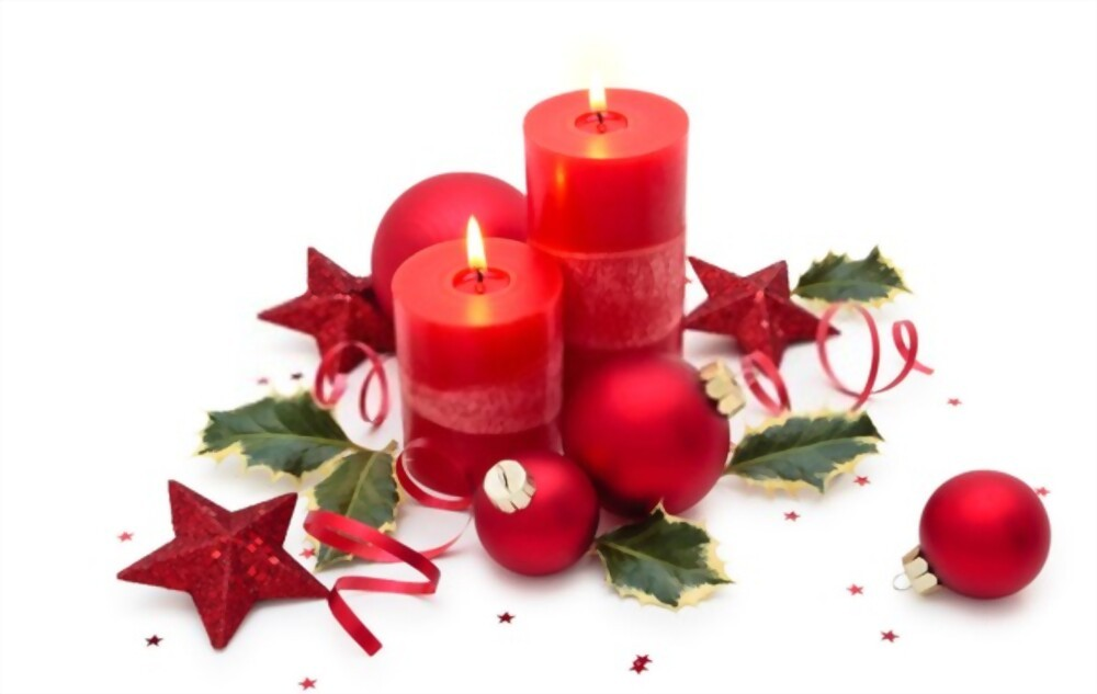 Decorate Your Home With the Tradition of the Christmas Candle