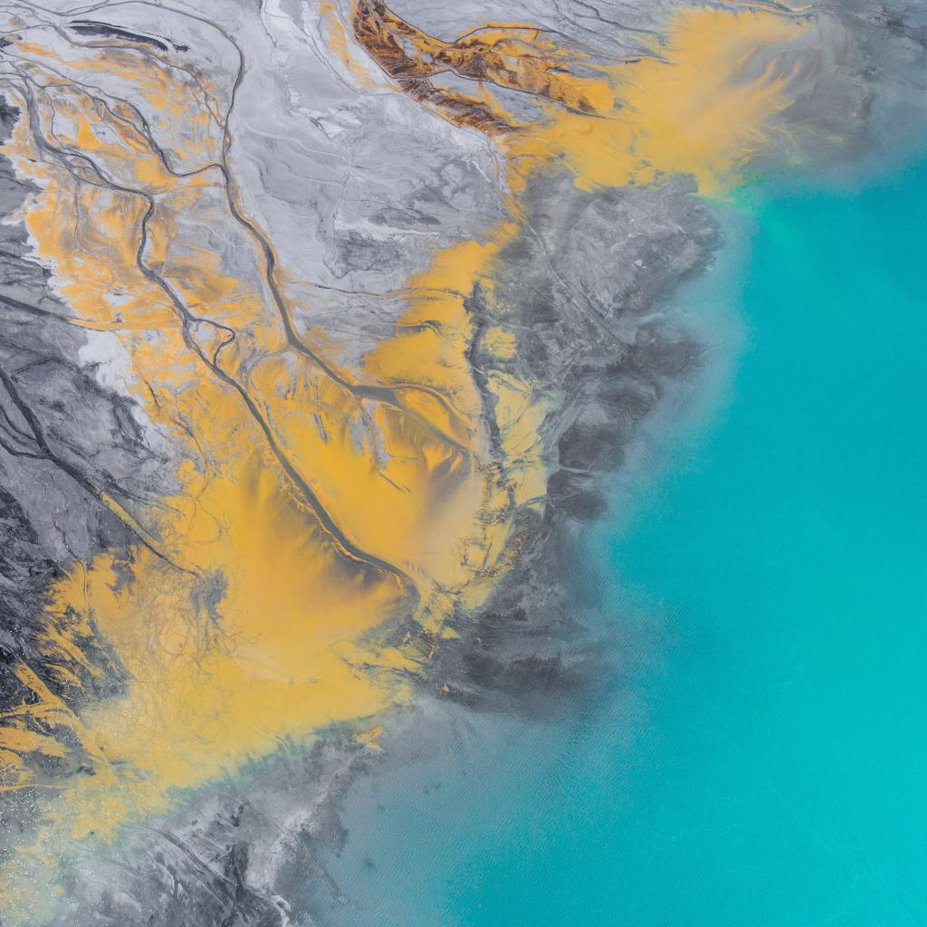 Mysterious Russian Oil Spill Kills 95% of Surrounding Marine Life