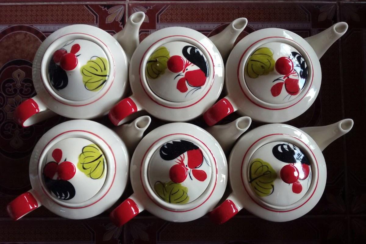 ชุดกาน้ำชาเซรามิคลายไก่