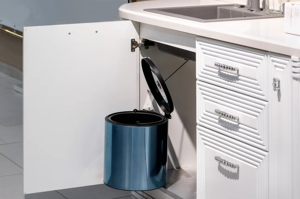 best under sink trash can 2021