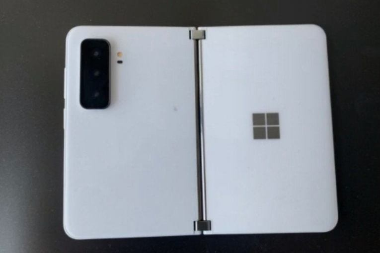 Surface Duo 2 tipped to feature three big features missing from the original