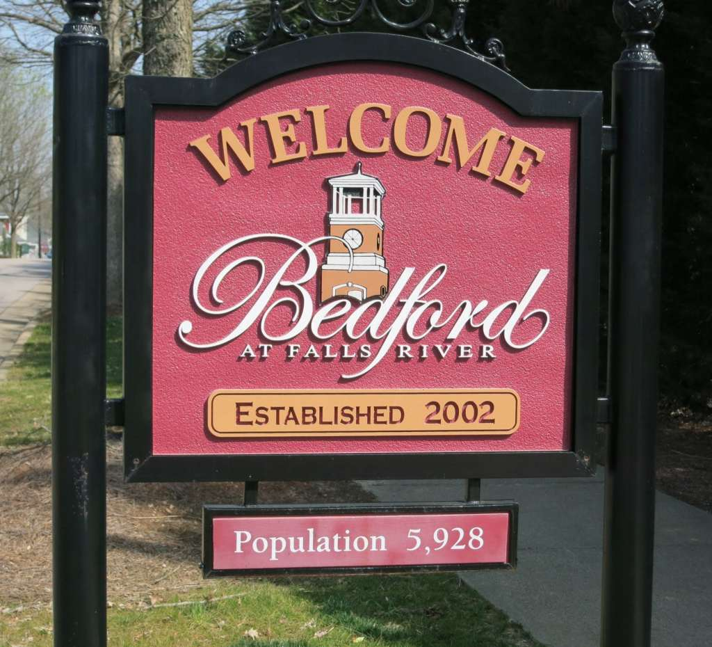Entry to Bedford from Falls River, Best Raleigh Neighborhoods, North Raleigh, Bedford