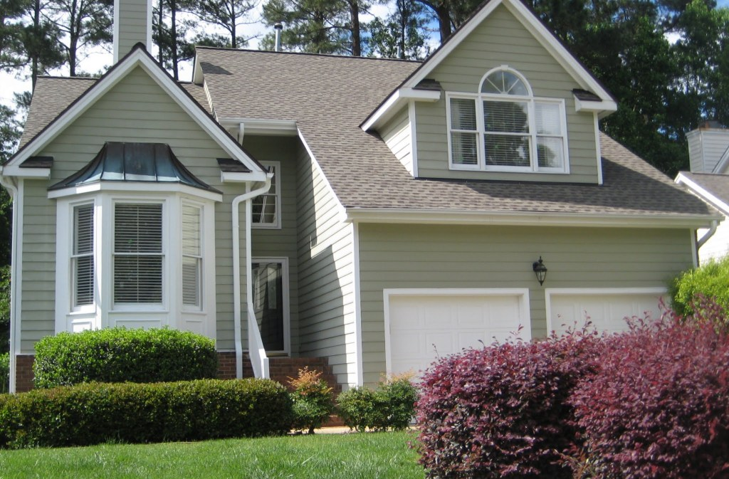 10116 Goodview Court, Best Raleigh Neighborhoods, Midtown, Wildwood Green Golf Community