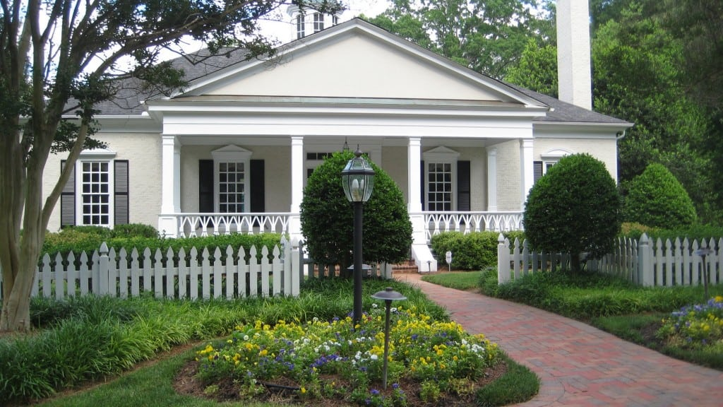 Club House on 8600 Carriage Tour Lane, Best Raleigh Neighborhoods, Midtown, Bent Tree