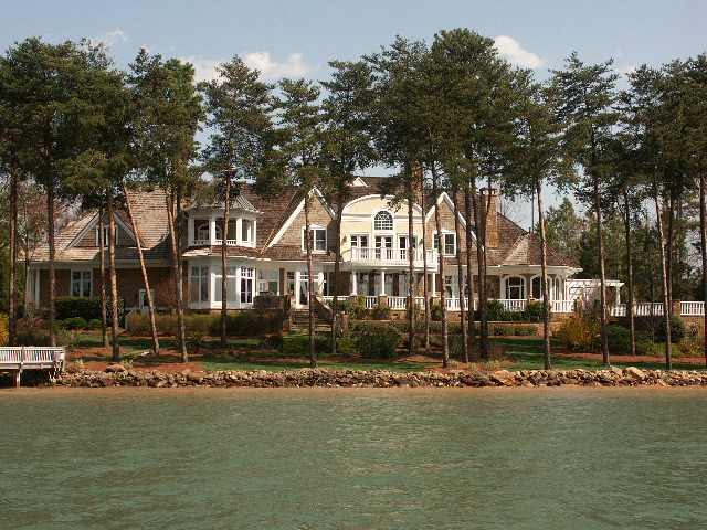 Lake Norman Waterfront Estate in Mooresville