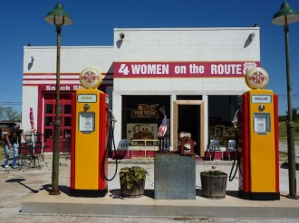 4 Women on the Route