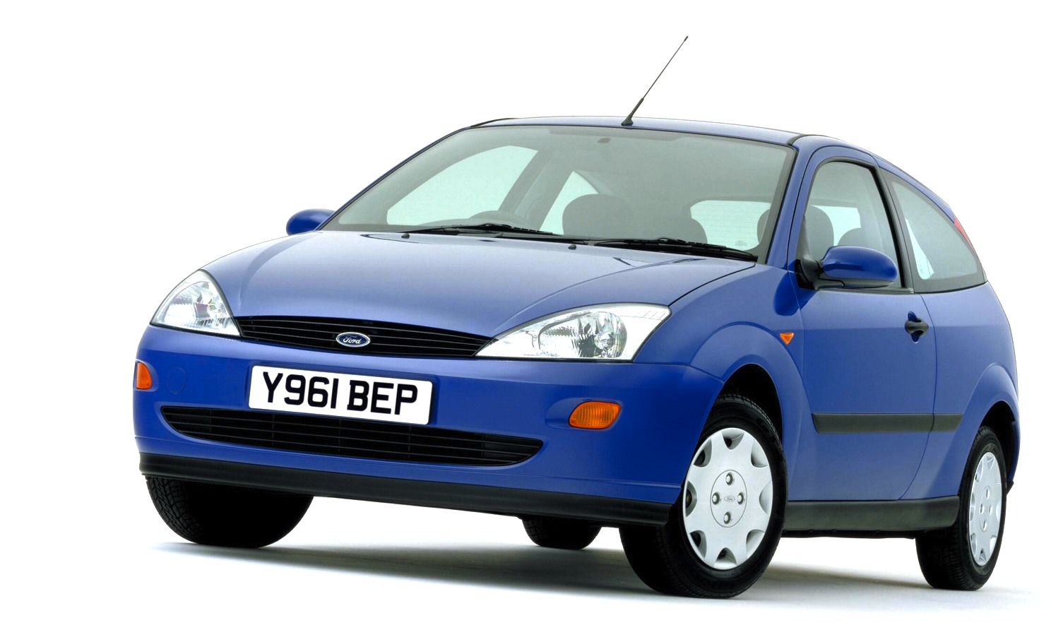 uk 1999 ford focus takes the lead vauxhall astra on podium best selling cars blog. Black Bedroom Furniture Sets. Home Design Ideas