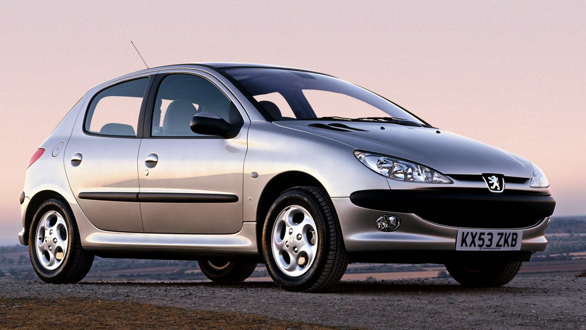 europe 2003: peugeot 206 most popular, golf down to #2 – best