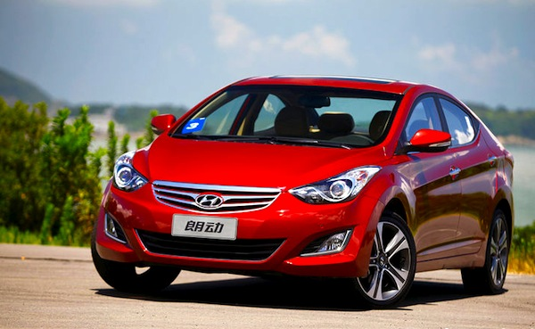 Hyundai Elantra World 2012