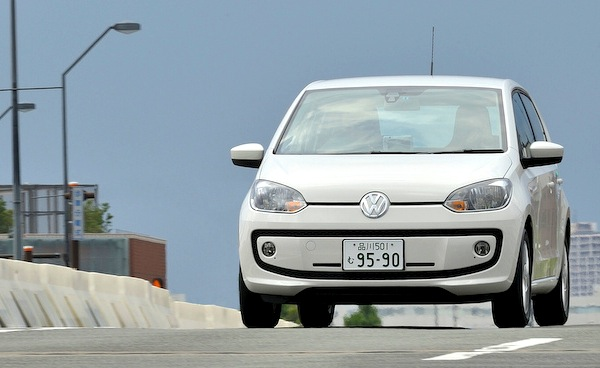 VW Up! Japan December 2013