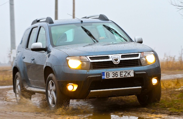 Dacia Duster France February 2013b