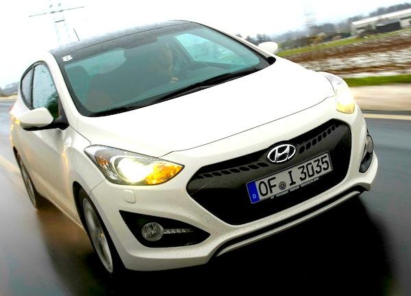 Hyundai i30 Greece January 2013