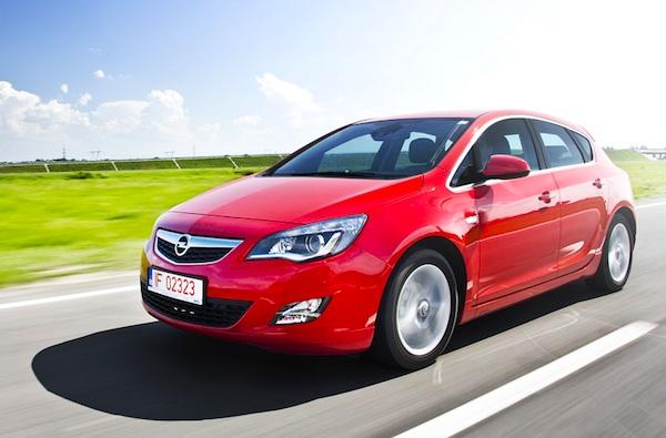 Opel Astra Croatia February 2013