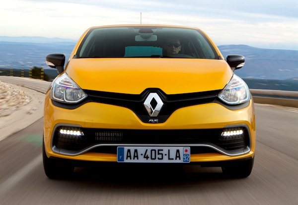 Renault Clio IV France February 2013