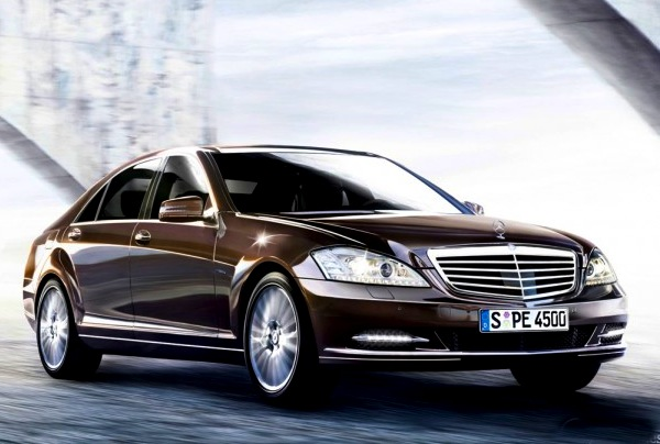 qatar january 2013 land cruiser 1 mercedes s class up best selling cars blog. Black Bedroom Furniture Sets. Home Design Ideas