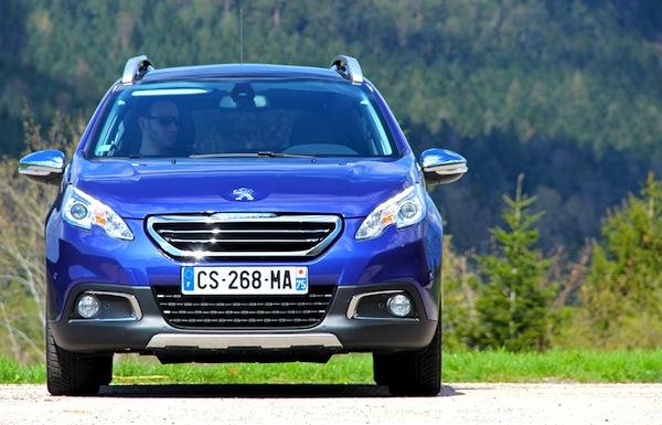 Peugeot 2008 France June 2013c