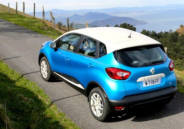 Renault Captur Slovenia May 2013