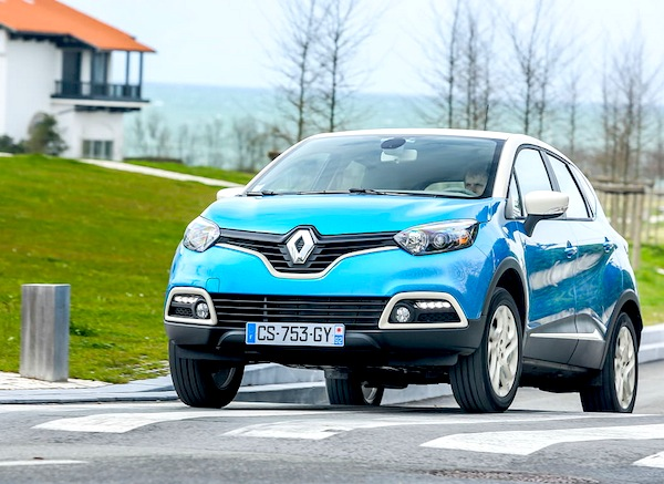 Renault Captur Spain July 2013