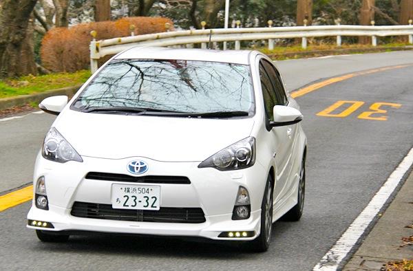 Toyota Aqua Japan July 2013
