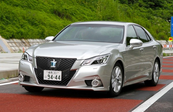 Toyota Crown Japan June 2013Picture courtesy of autoc-one.jp