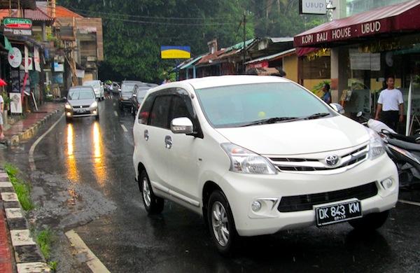 Toyota Avanza Indonesia July 2013