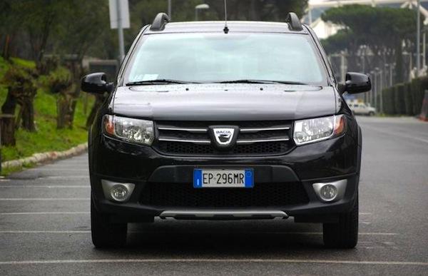 Dacia Sandero Italy August 2013. Picture courtesy of sicurauto.it