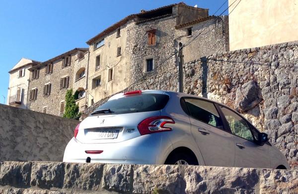 Peugeot 208 France September 2013