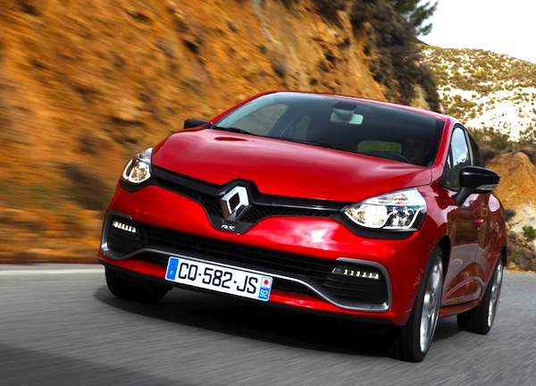 Renault Clio IV Europe Seprember 2013