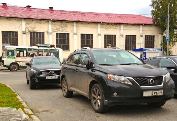 10 Lexus RX Infiniti FX