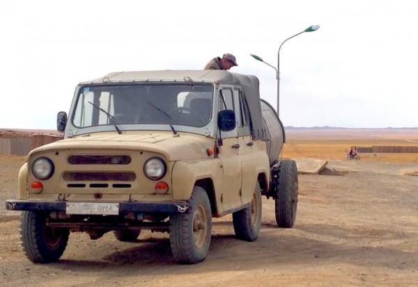 10a UAZ Hunter Bayandalai
