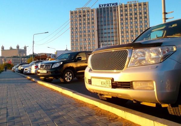 3 Toyota Land Cruiser Prado