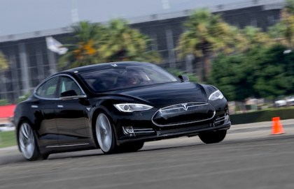 Tesla Model S Norway September 2013. Picture courtesy of motortrend.com P2