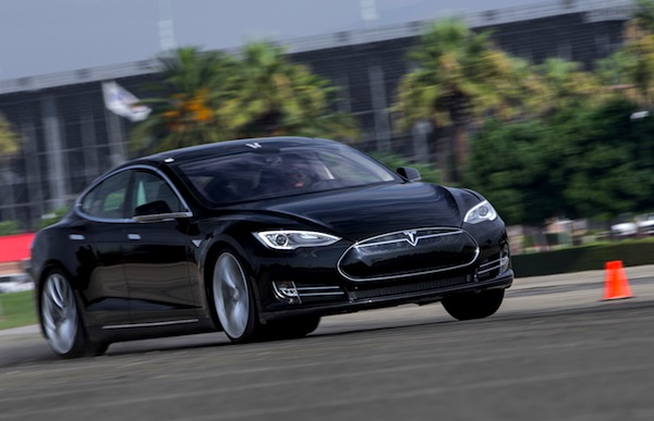 Tesla Model S Norway March 2014. Picture courtesy of motortrend.com P2
