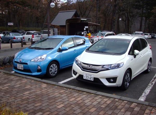 Toyota Aqua Honda Fit