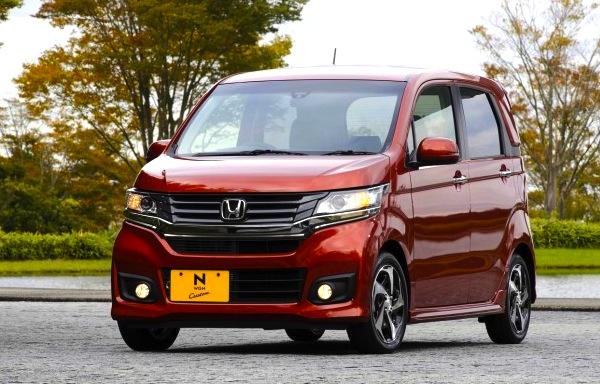 Honda N-WGN Cutsom Japan 2013. Picture courtesy of cliccar.com
