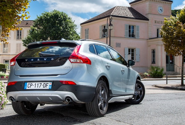 Volvo V40 Greece November 2014. Picture courtesy of largus.fr